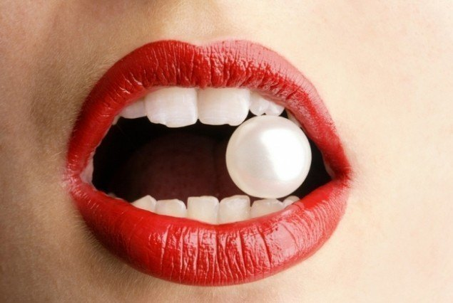 Secretul unor dinți albi și sănătoși. Ce trebuie să faci?