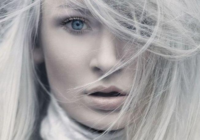 Ce trebuie să faci ca să scapi de părul alb. Iată câteva ponturi bune