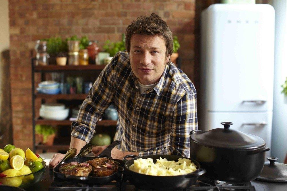 Celebrul bucătar Jamie Oliver îți dă gratis cele mai bune sfaturi de gătit!