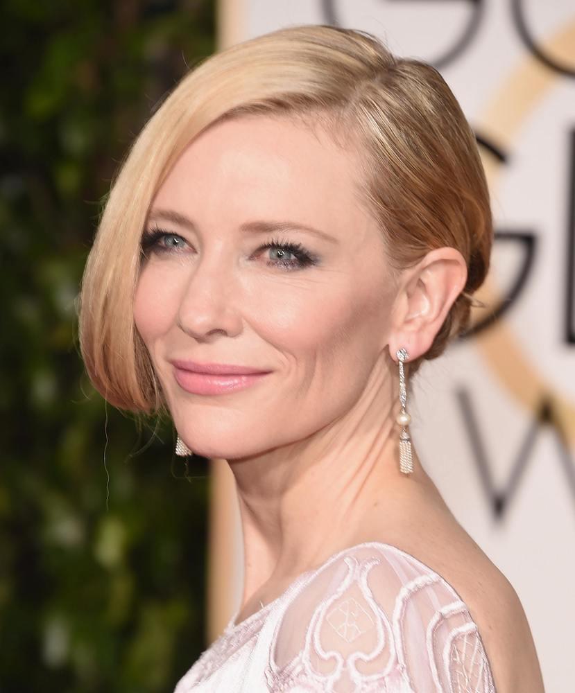 Secretul tenului perfect al lui Cate Blanchett. Află ce produse de frumusețe folosește vedeta!
