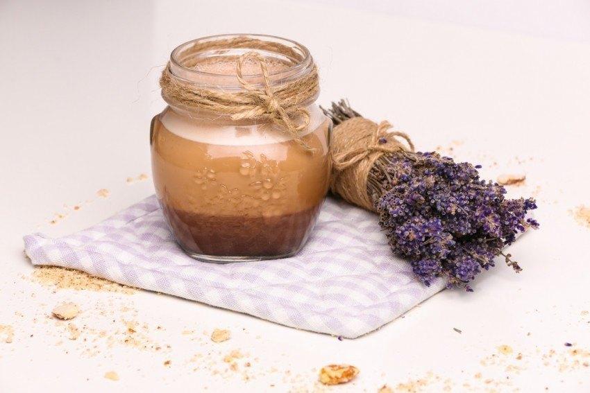 Ciocolată caldă raw realizată de Carmen Negoiță