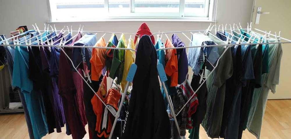 Iată cât de periculos este să-ți usuci hainele în casă. Efectul poate deveni mortal