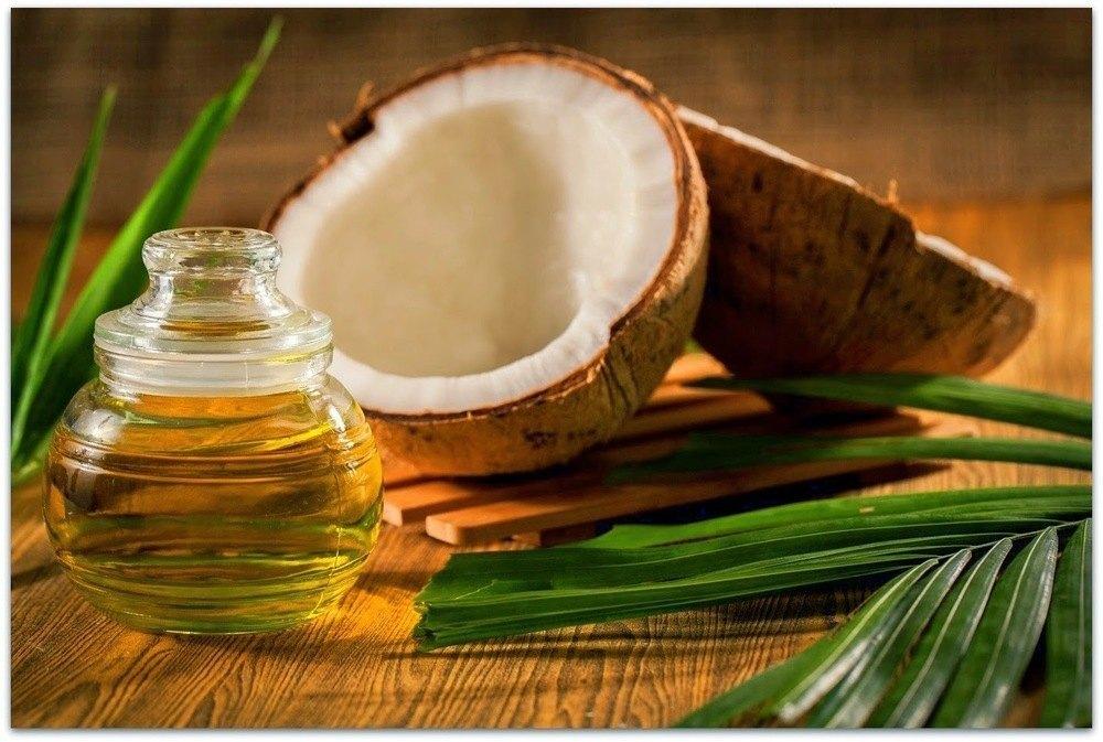 Ce se întâmplă cu organismul tău dacă timp de o lună mănânci o lingură de ulei de cocos pe zi