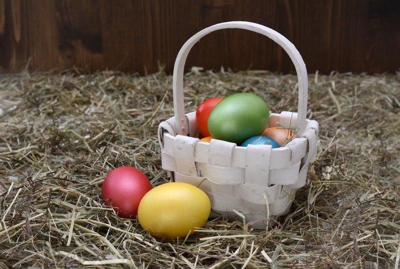 Cercetătorii avertizează: 32 de substanțe chimice toxice în vopseaua de ouă din comerț